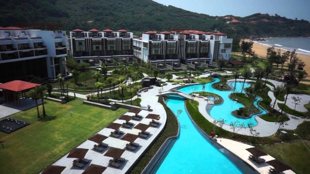 Hà Nội – Biển Lăng Cô – Resort***** – Hà Nội.