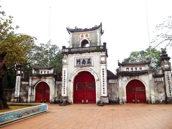 Hà Nội – Chợ Viềng – Phủ Giầy – Cổ Lễ - Đền Trần – Hà Nội